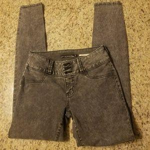 Lovesick Jeans!